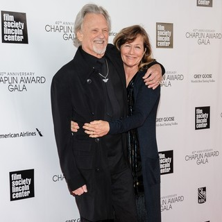Kris Kristofferson, Lisa Meyers in 40th Anniversary Chaplin Award Gala Honoring Barbra Streisand