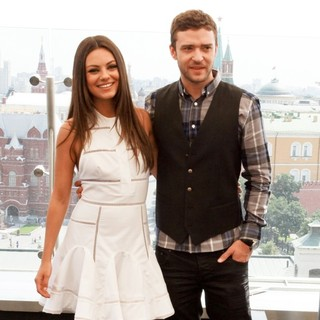 Mila Kunis, Justin Timberlake in Friends with Benefits Russian Premiere