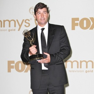 Kyle Chandler in The 63rd Primetime Emmy Awards - Press Room
