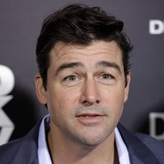 Kyle Chandler in Los Angeles Premiere of Columbia Pictures' Zero Dark Thirty - kyle-chandler-premiere-zero-dark-thirty-01