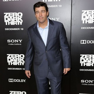 Kyle Chandler in Los Angeles Premiere of Columbia Pictures' Zero Dark Thirty - kyle-chandler-premiere-zero-dark-thirty-02