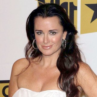 Kyle Richards in The 2011 Critics Choice Television Awards Luncheon - Red Carpet