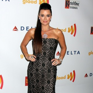 Kyle Richards in The 23rd Annual GLAAD Media Awards - kyle-richards-23rd-annual-glaad-media-awards-02