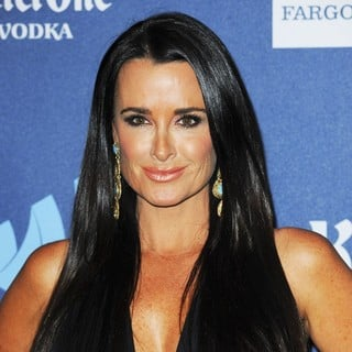 Kyle Richards in 24th Annual GLAAD Media Awards - Arrivals - kyle-richards-24th-annual-glaad-media-awards-01