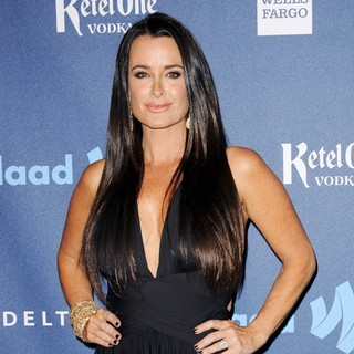 Kyle Richards in 24th Annual GLAAD Media Awards - Arrivals - kyle-richards-24th-annual-glaad-media-awards-03
