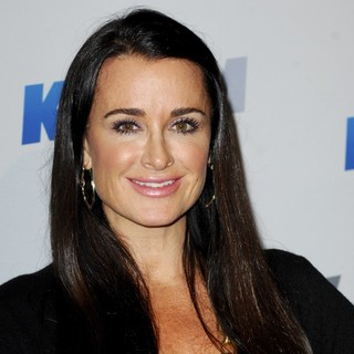 Kyle Richards in KIIS FM's 2012 Jingle Ball - Night 2 - Arrivals - kyle-richards-jingle-ball-2012-night-2-01