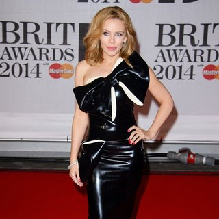 Kylie Minogue in The Brit Awards 2014 - Arrivals