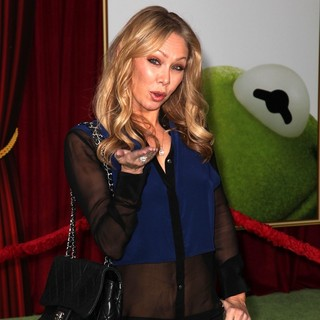 Kym Johnson in The Premiere of Walt Disney Pictures' The Muppets - Arrivals