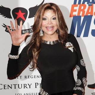 La Toya Jackson in 19th Annual Race to Erase MS - la-toya-jackson-19th-annual-race-to-erase-ms-03