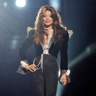 La Toya Jackson in Michael Jackson Tribute Concert Held at The Cardiff Millenium Stadium - la-toya-jackson-michael-jackson-tribute-concert-01