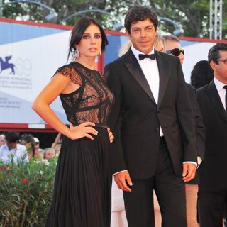 Nadine Labaki, Pierfrancesco Favino in The 69th Venice Film Festival - The Reluctant Fundamentalist - Premiere - Red Carpet