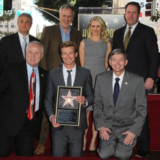 Simon Baker Is Honoured with A Star on The Hollywood Walk of Fame - labonge-heller-baker-watts-gubler-simon-baker-walk-of-fame-05