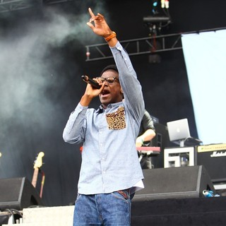 Labrinth in Barclaycard Wireless Festival 2012 - Day 3 - labrinth-barclaycard-wireless-festival-2012-day-3-07