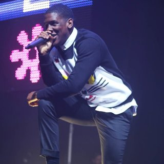 Labrinth in Metro Radio Christmas Live 2014