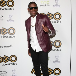 Labrinth in The MOBO Awards 2012 - Press Room - labrinth-mobo-awards-2012-press-room-02