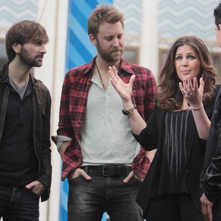Lady Antebellum in Lady Antebellum Perform to Celebrate The 100th Anniversary of Oreo Cookies