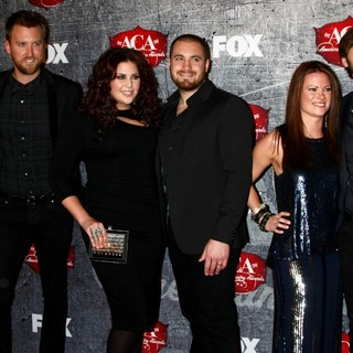 Lady Antebellum in 2012 American Country Awards - Arrivals