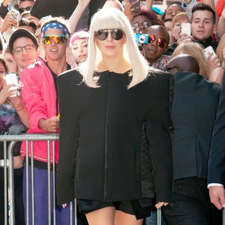 Lady GaGa - Lady GaGa Departs Good Morning America