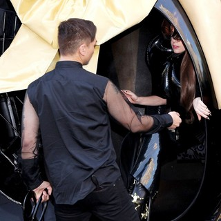 Lady GaGa in Lady GaGa Arrives for Her Fame Fragrance Launch in A Horse-Drawn Carriage