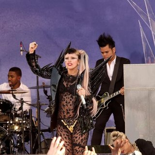 Lady GaGa in Lady GaGa Performs at Good Morning America