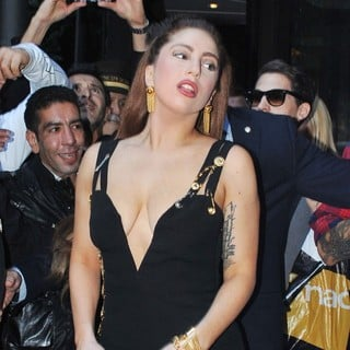 Lady GaGa - Lady GaGa Is Mobbed by Fans as She Leaves The Hotel Principe di Savoia