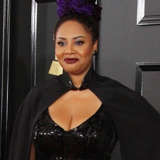Lalah Hathaway in 59th Annual GRAMMY Awards - Arrivals