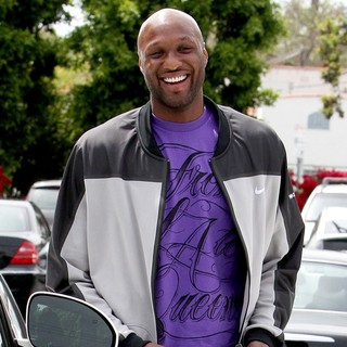 Lamar Odom Getting Into His Car After Leaving Fred Segal