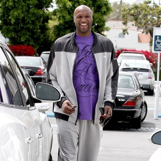 Lamar Odom in Lamar Odom Getting Into His Car After Leaving Fred Segal