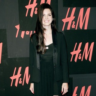 H and M Hosts A Private Concert with Lana Del Rey - Arrivals - lana-del-rey-private-concert-03