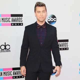 Lance Bass in 2013 American Music Awards - Arrivals