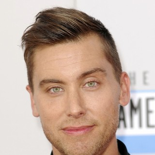 Lance Bass in The 40th Anniversary American Music Awards - Arrivals