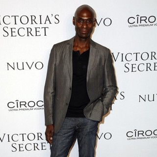 Lance Reddick in Victoria's Secrets 2009 Presents What Is Sexy