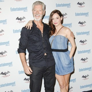 Stephen Lang, Rose McGowan in Comic Con 2011 Day 3 - Entertainment Weekly Party - Arrivals