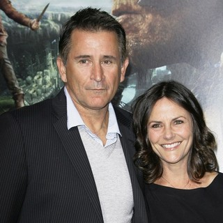 Anthony LaPaglia, Gia Carides in Premiere of Jack the Giant Slayer