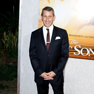 Adam Shankman in Los Angeles Premiere of 'The Last Song'