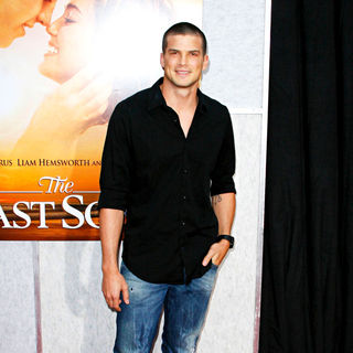 Rick Malambri in Los Angeles Premiere of 'The Last Song'