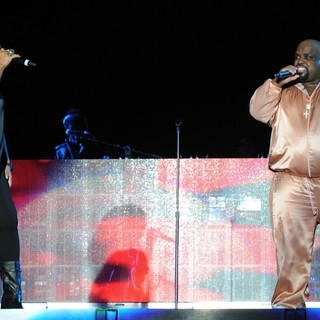 Queen Latifah, Cee-Lo in Cee-Lo and Queen Latifah Perform During The Black Eyed Peas Final Concert of The Year