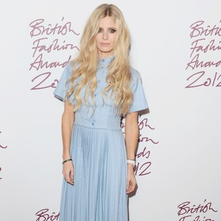 Laura Bailey in The British Fashion Awards 2012 - Arrivals