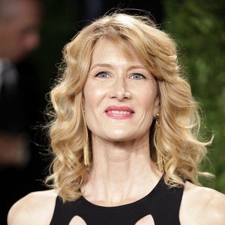 Laura Dern in 2013 Vanity Fair Oscar Party - Arrivals