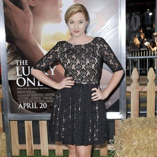 Laura Linda Bradley in The Premiere of The Lucky One