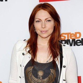Laura Prepon in Netflix's Los Angeles Premiere of Season 4 of Arrested Development