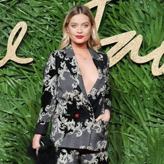 Laura Whitmore in The British Fashion Awards 2017 - Arrivals