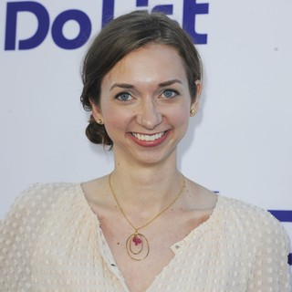 Lauren Lapkus in Los Angeles Premiere of The To Do List