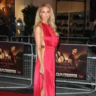 Lauren Pope in The Twilight Saga's Breaking Dawn Part I UK Film Premiere - Arrivals