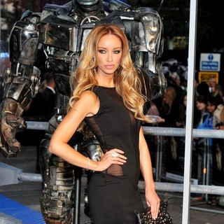 Lauren Pope in Real Steel - UK Film Premiere - Arrivals