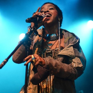 Lauryn Hill in Lauryn Hill Performs Live
