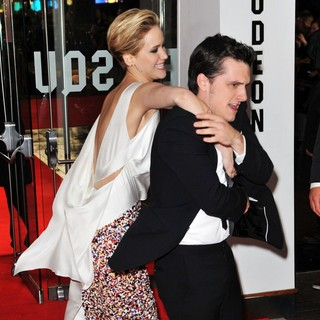 Jennifer Lawrence, Josh Hutcherson in The World Premiere of The Hunger Games: Catching Fire - Arrivals