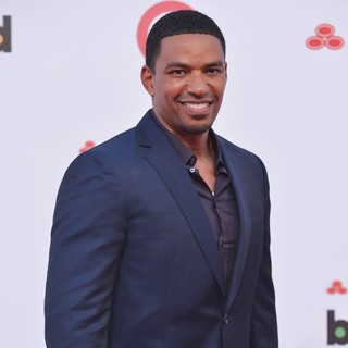 Laz Alonso in 2013 Billboard Latin Music Awards - Arrivals - laz-alonso-2013-billboard-latin-music-awards-01