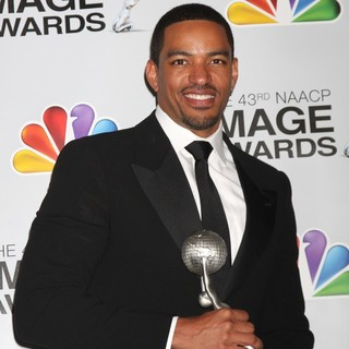 Laz Alonso in The 43rd Annual NAACP Awards - Press Room
