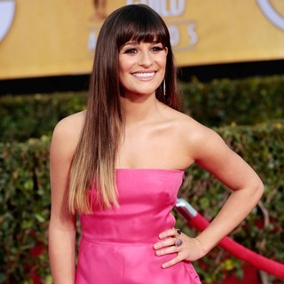 Lea Michele in 19th Annual Screen Actors Guild Awards - Arrivals - lea-michele-19th-annual-screen-actors-guild-awards-01